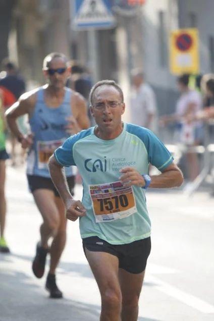 Corredor equipo CAI Running Valencia